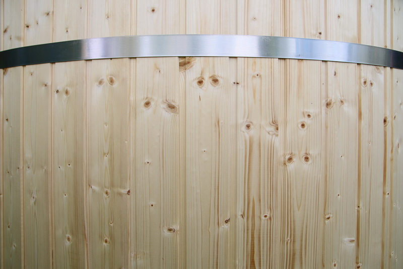 Wooden hot tub belt