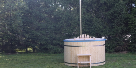 Fiberglass wooden hot tub barrel