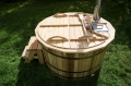 Larch hot tub with internal heater -0030