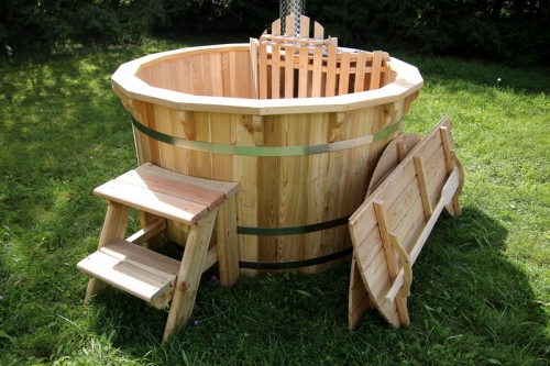 wooden hot tub garden
