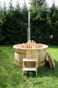 Larch hot tub with internal heater -0042