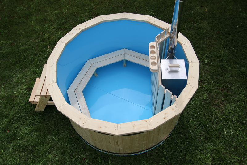 Polypropylene hot tub with internal heater